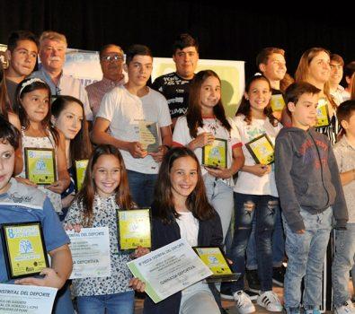 Entrega de premios Caldén en Puan.