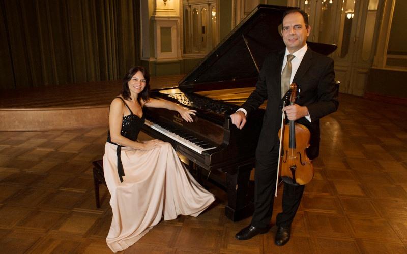Pilar del Álamo y Gabriel Mateos