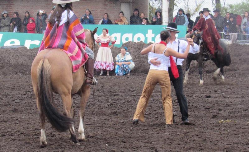 Festival Dia de la Tradición
