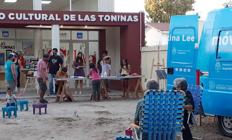 Bibliomovil y Buenos Aires Lectora